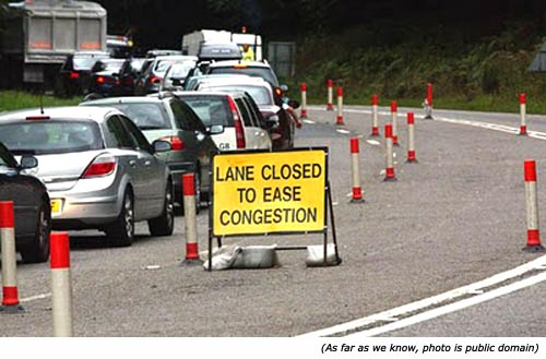 funny-traffic-signs-ease-congestion THAW blog